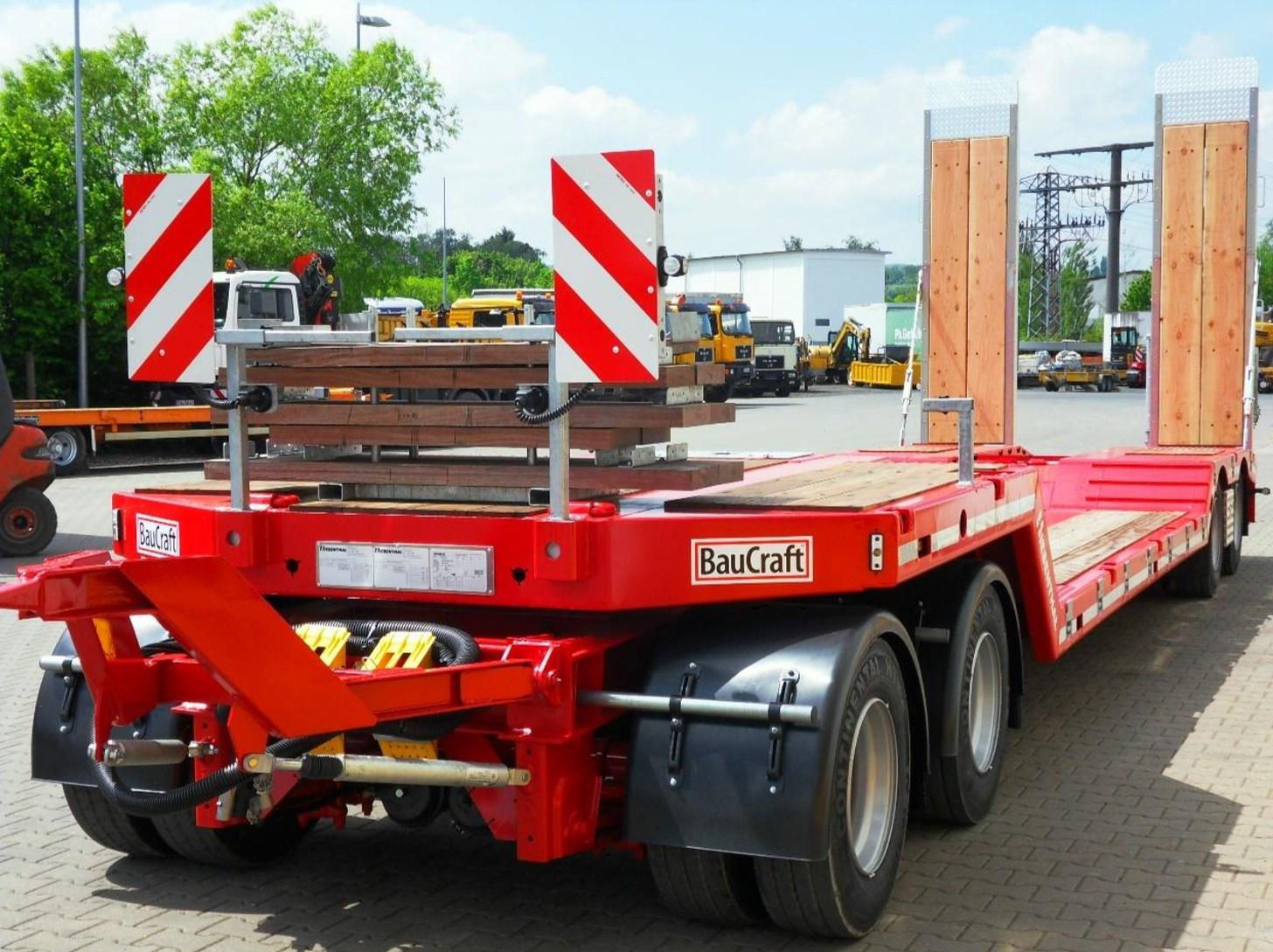 Bohlenmagazin_4-Achs-Tiefbett-Tiefladeanhaenger_TTAH-40-Baucraft.jpg