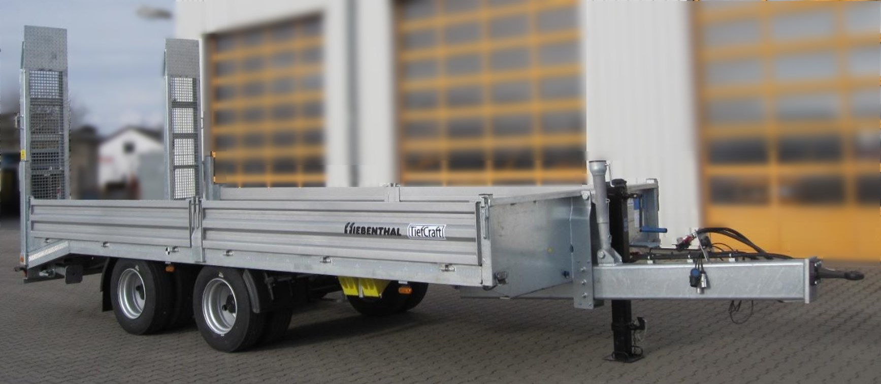 Unterlegkeile-Bordwaende_Tandem-Tiefladeanhaenger_TTH-18-19-S-TiefCraft.jpg