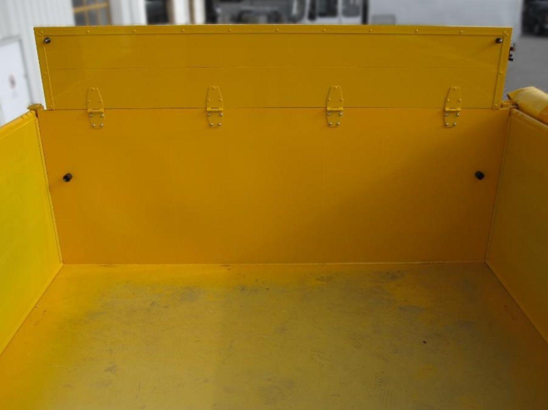 aufgestellte-Bordwand_3_Seiten_Kippanhaenger_TKB-18-BauCraft.jpg