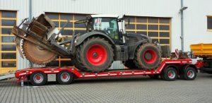 Traktor_Fendt-Vario-936_auf_TTAH-40-BauCraft-1.jpg