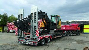 Volvo-ECR235E-Kurzheck-Bagger_TTAH-40-BauCraft-1.jpg